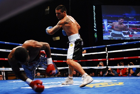 Lucas Matthysse vs. Mike Dallas Jr