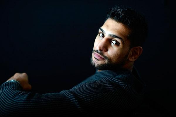 Amir Khan vs Canelo Alvarez