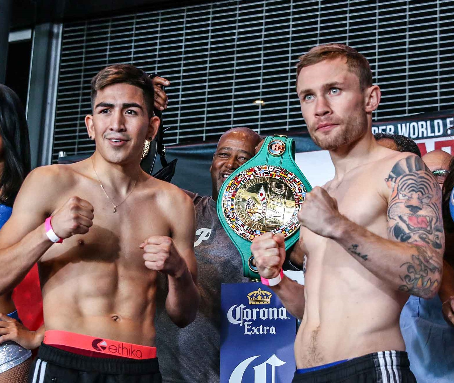 Frampton vs Santa Cruz 2 Set