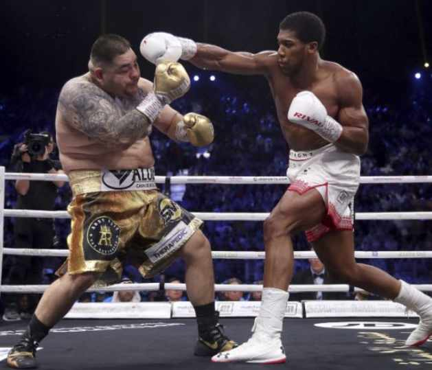 News Flash-Joshua-Flummoxes-Ruiz-in-a-Monotonous-Fight