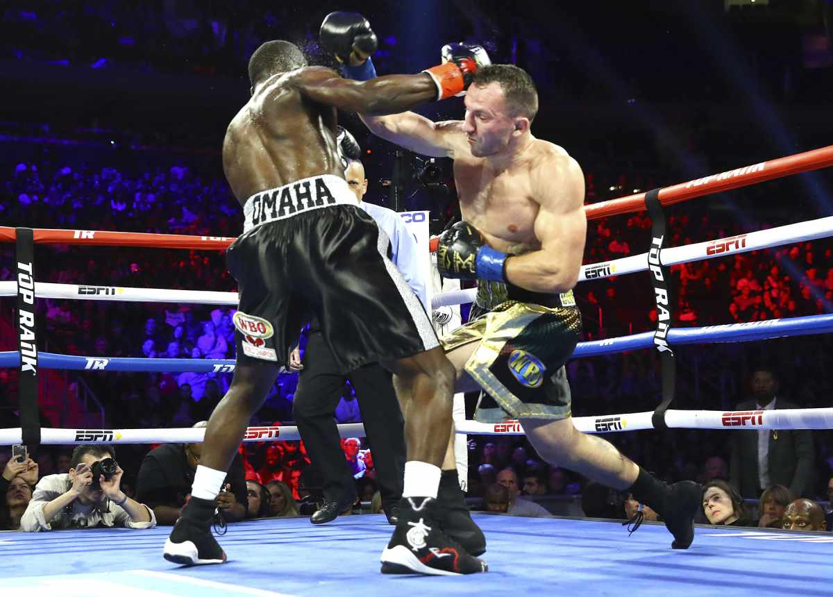 Fast-Results-from-the-Big-Apple-Crawford-and Teofimo-Win-Impressively