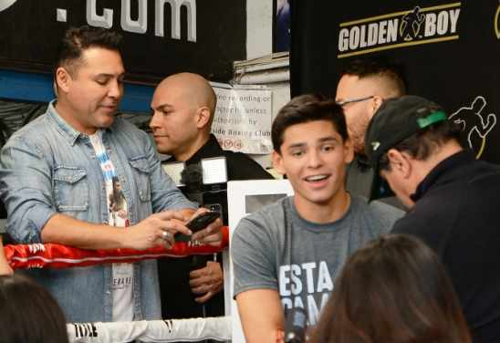 Star-Power-Ryan-Garcia-and-Oscar-De-La-Hoya-at-West-LA-Gym