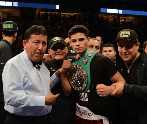 Ryan-Flash-Garcia-Does-it-Again-and-Linares-Wins-by-KO-in Anaheim