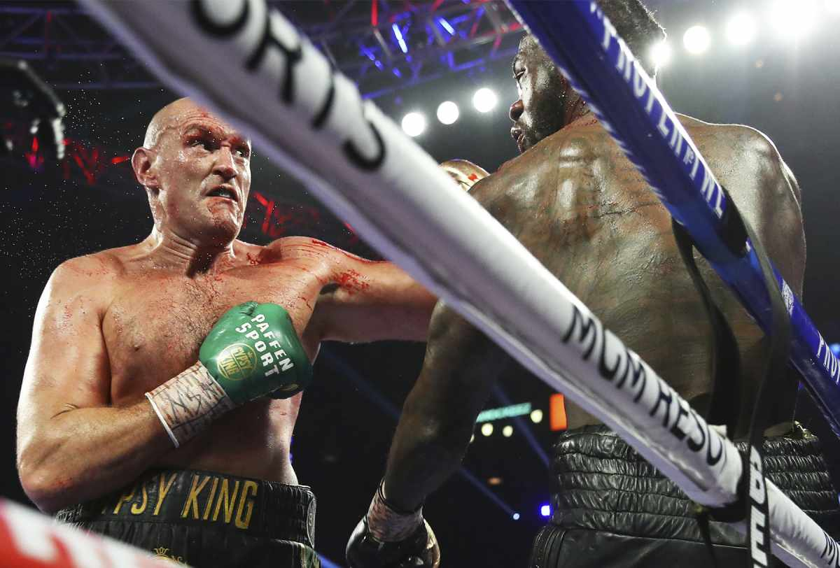 The-Gypsy-King-Destroys-Wilder-Wins-by-TKO-in-7