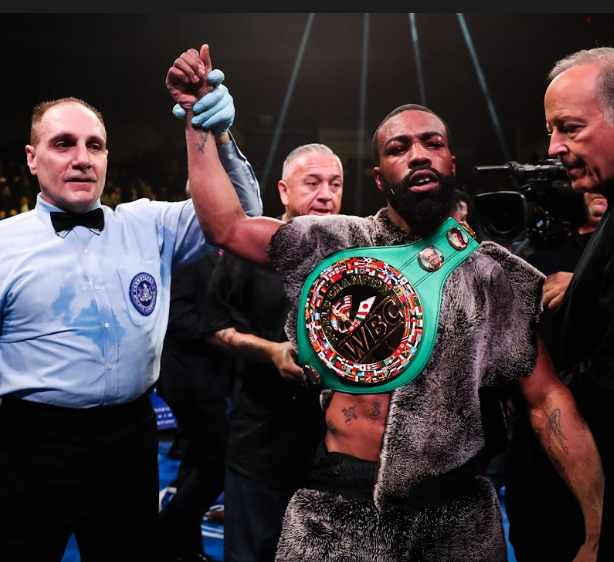 Hits-and-Misses-from-Another-Weekend-on-the-Boxing-Beat