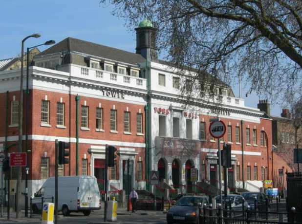 Frampton-and-Conlan-Victorious-at-Venerated-York-Hall