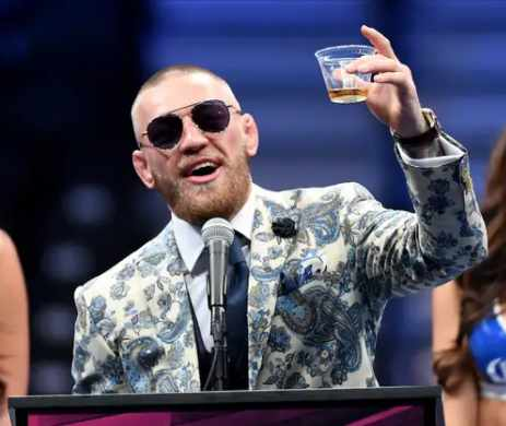Conor-McGregor-vs-Pac-Man-The-Circus-is-Back-in-Town