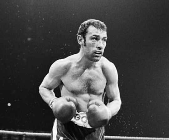 RIP-Former-World-Middleweight-Champion-Alan-Minter