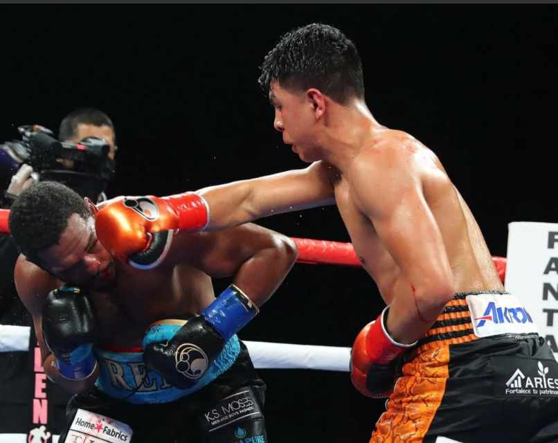 Jaime-Munguia-Wins-by-Split-Lip-at-Fantasy-Springs