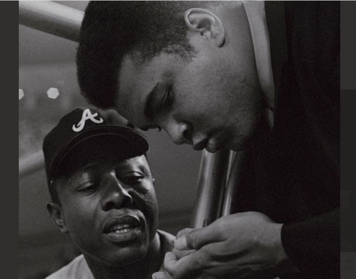Hank-Aaron-and-Muhammad-Ali