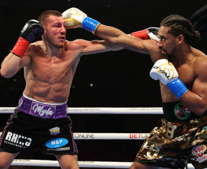 Demetrius-Andrade-Fends-Off-Liam-Williams-to-Keep-His-WBO-Title
