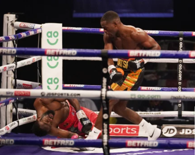 Buatsi-Flattens-Dos-Santos-in-Manchester-Charr-KOs-Fraudulent-Lovejoy-in-Cologne
