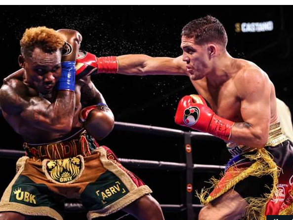 Charlo-and-Castano-Battle-to-a-Draw-in-a-San-Antonio-Firefight